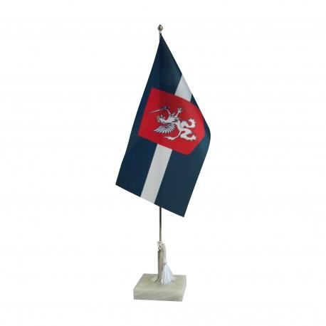 Latgaliešu galda karodziņš ar marmora statīvu